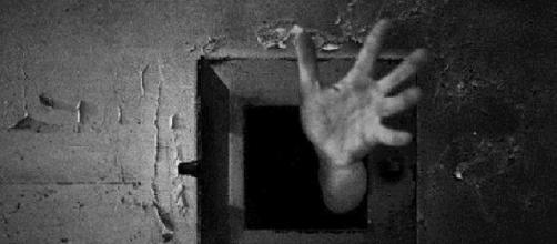 Detenuto suicida, gli agenti esultano su Facebook
