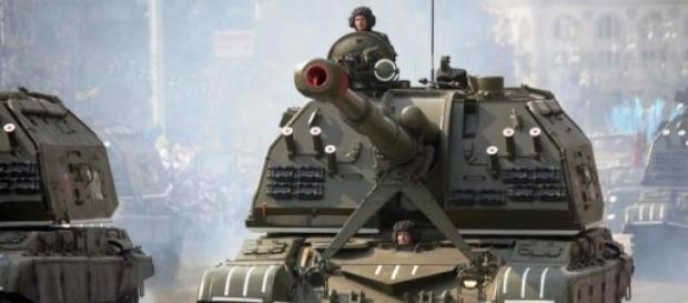 Artilharia russa utilizada pelas duas facções.