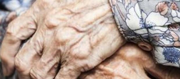 Longeva de 115 años sobrevive comiendo huevo crudo