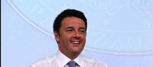 Il gradimento di Renzi è stabile, ma sotto Letta.