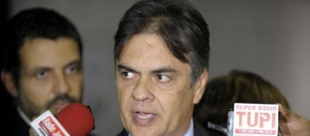 Cássio Cunha Lima, líder do PSDB no Senado