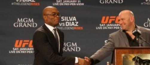 Silva e White antes do combate deste sábado