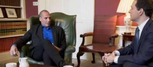 Yanis Varoufakis insieme a George Osborne
