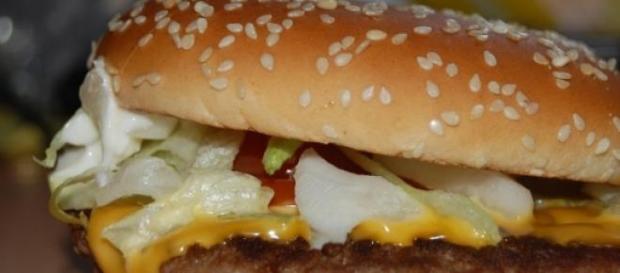 Molho Big Mac em leilão, por uma boa causa