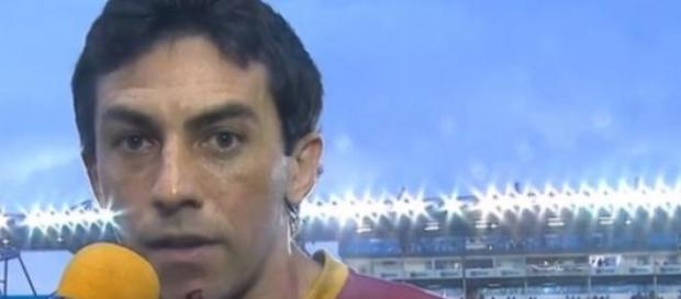 Ricardo Berna ficou ferido no queixo