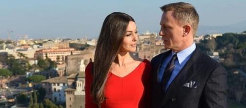 Daniel Craig junto a Mónica Bellucci