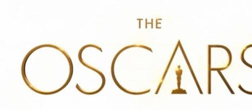 Logo oficial de los premios Óscar 2015