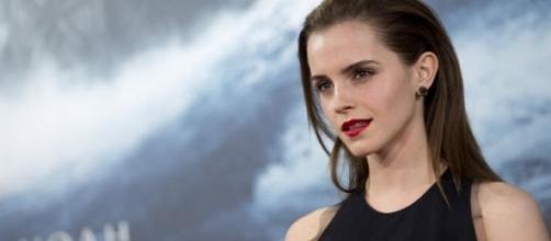 Emma já negou o envolvimento.
