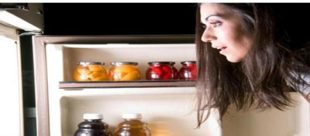 Alimente ce trebuie evitate inainte de culcare