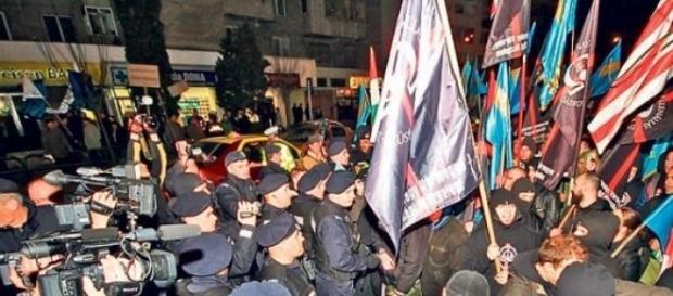 Extremistii maghiari tulbura Romania