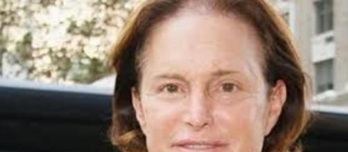 Bruce Jenner: transformando-se em mulher