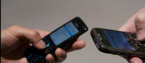 Operadoras de celular irão prestar informações