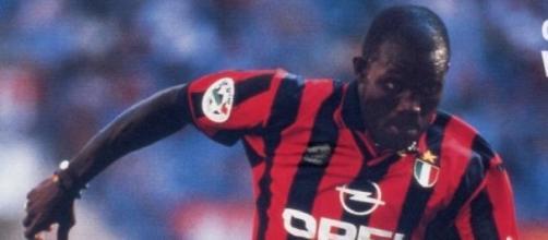 Weah quando giocava al Milan