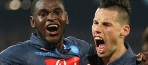 Zapata ed Hamsik, in rete contro il Sassuolo