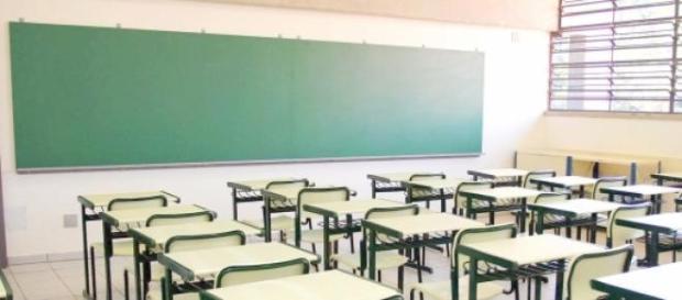 Abandono do ensino desce em 2014