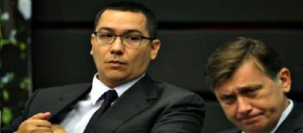 Crina Antonescu il ataca pe Victor Ponta