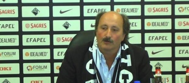 José Viterbo é o técnico interino da Académica
