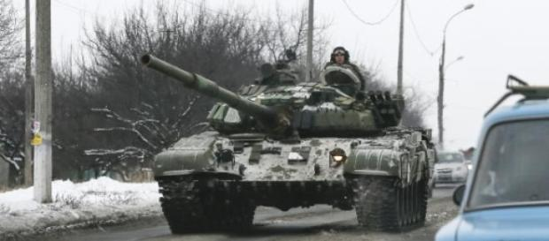 Noi tancuri rusesti intra in Ucraina