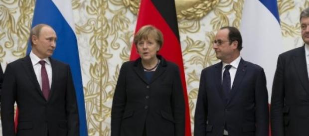 Putin,Merkel,Hollande si Poroshenko