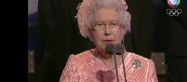A rainha contrata motorista particular