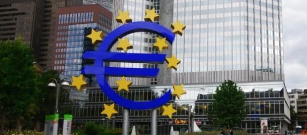 Eurogrupo pede mais detalhes sobre plano grego