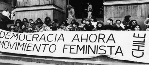 Mujeres feministas en el Chile de Pinochet.