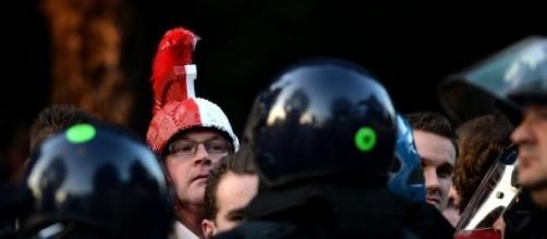 Tifosi olandesi e polizia