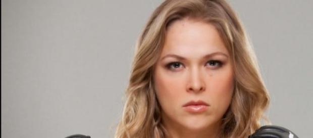 Campeão do UFC, Ronda Rousey, está solteira