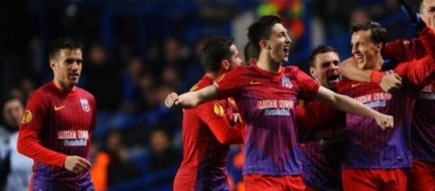 FC Steaua, sanctionata de UEFA