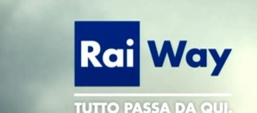 Il logo di Rai Way tra le nuvole