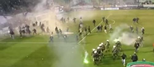 Sospeso il campionato di calcio in Grecia