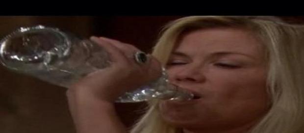 Brooke nell'alcolismo a Beautiful