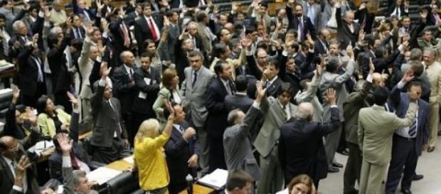 CPI da Petrobras tem líderes suspeitos
