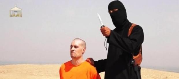 Jihadi John in an ISIS beheading video