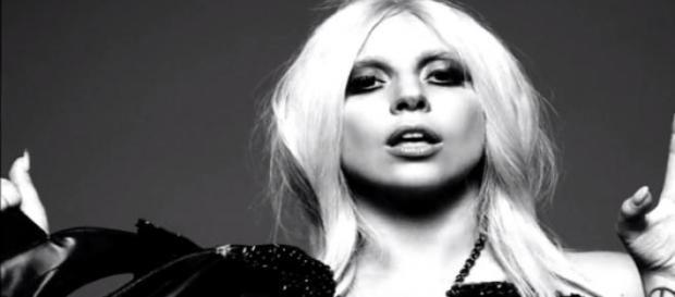 Lady Gaga confirma sua participação em AHS - Hotel