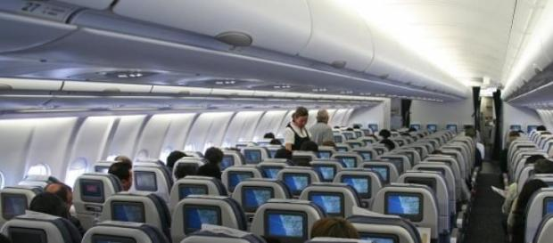 Mulher faleceu dentro do avião
