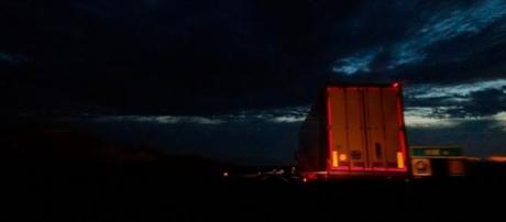 "Photo Credits: Max Sat ""au cul du camion"""