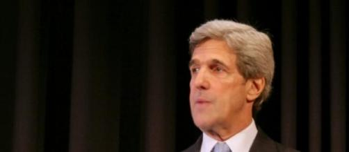 John Kerry a critiqué le Vénézuela à Washington.