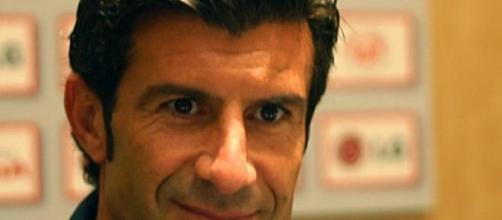 Luís Figo é candidato à presidência da FIFA