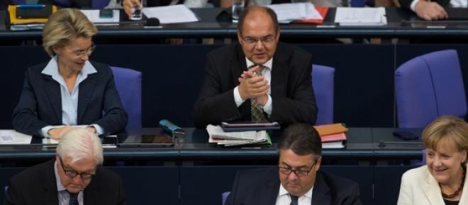 Maioria é a favor da extensão do resgate à Grécia.