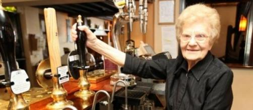 Dolly Saville, the barmaid dies at the age of 100