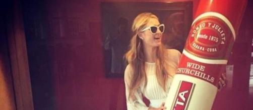 Paris Hilton en el Festival del Habano