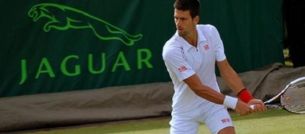 Djokovic faces Federer in final in Dubai