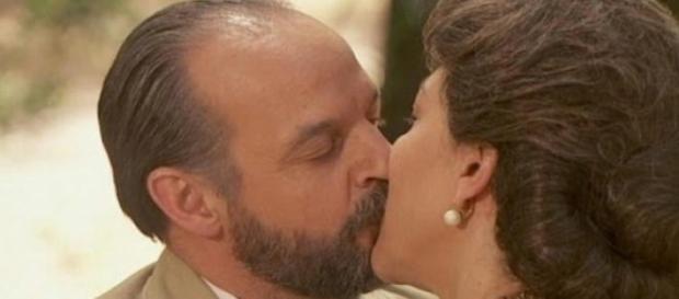Francisca vuole darsi fuoco con Raimundo