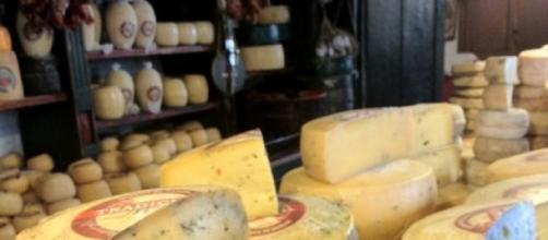 Una tradición, quesos y salames