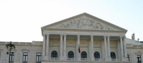 Paulo Macedo falava na Comissão Parlamentar.
