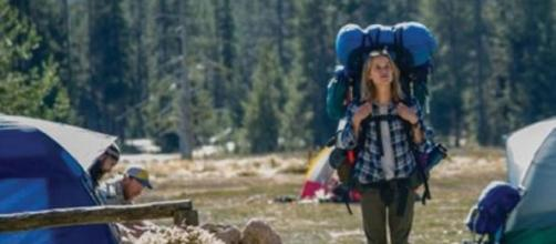 Reese Witherspoon interpretando a Cheryl Strayed
