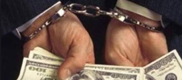 Tarziu , coruptia incepe a fi pedepsita