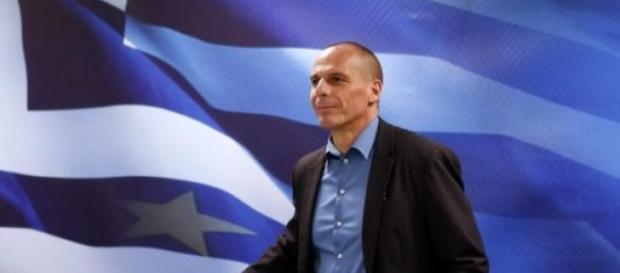 Varoufakis chiede sei mesi per crescere