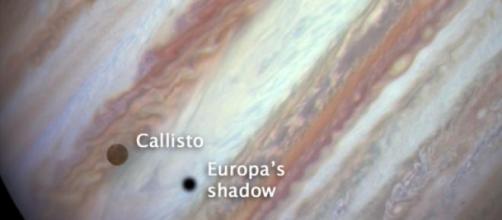 Eclipse triple sobre Júpiter(Clic ampliar imagen)